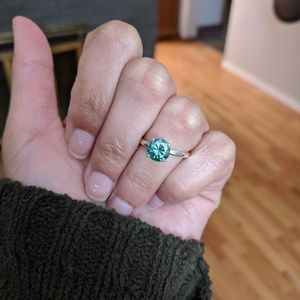 Jewelry - 1.2 ct Forest Green Moissanite Engagement Ring